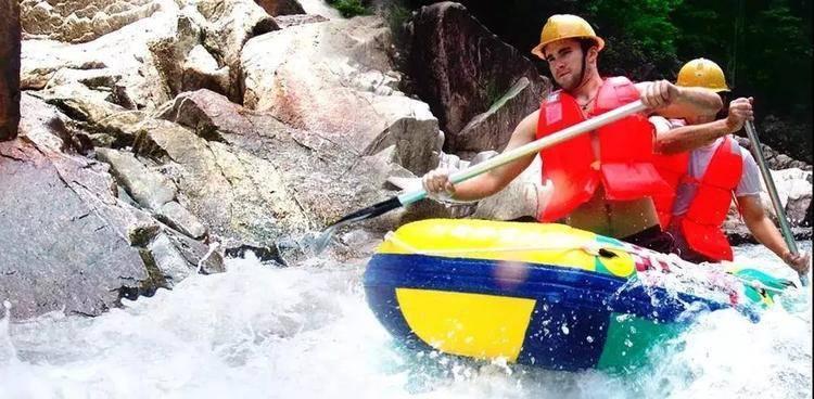 """【增城】在广州也能玩漂流!¥39.9秒杀大丰门威猛漂+景区门票!游天然峡谷,赏大瀑布、探险亲水栈道,一起组队来""""湿身""""~"""