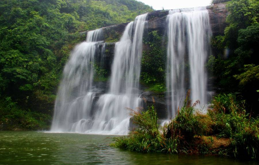 壁纸 风景 旅游 瀑布 山水 桌面 900_574