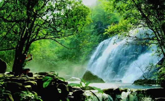 廣西賀州十八水景區
