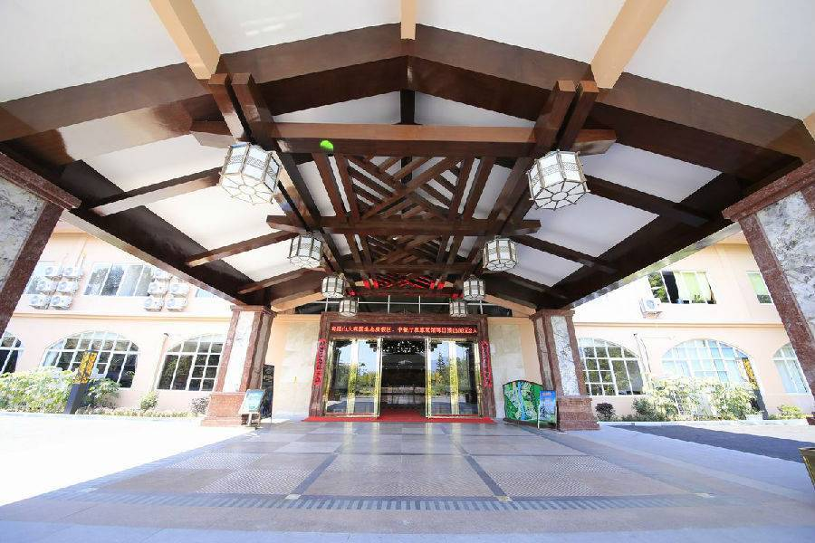 【預售搶購】惠州南昆山大觀園溫泉酒店高級雙床房 雙人早餐+雙人無限次溫泉水世界(售完即止)