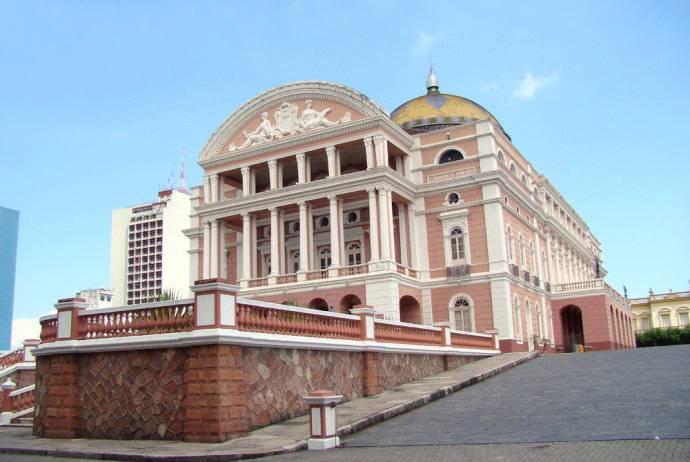 巴西玛瑙斯市百年大剧院