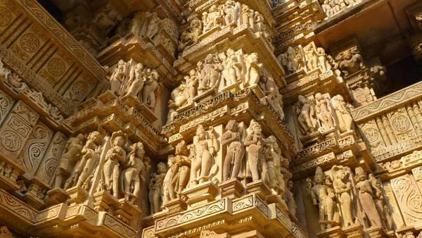 印度月亮王朝性爱庙群浮雕