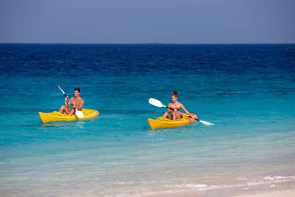 斐济天堂之爱度假村-独木舟