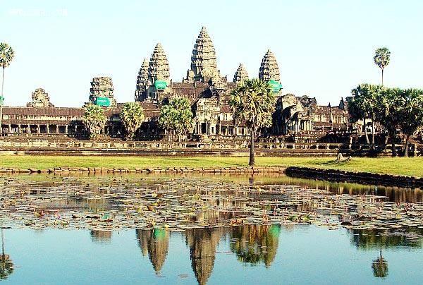 柬埔寨吴哥五天游_柬埔寨吴哥窟