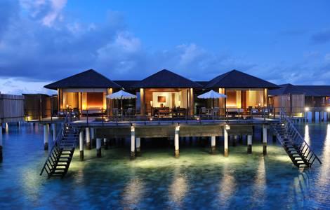 马尔代夫天堂岛海上别墅套房  Ocean Suite