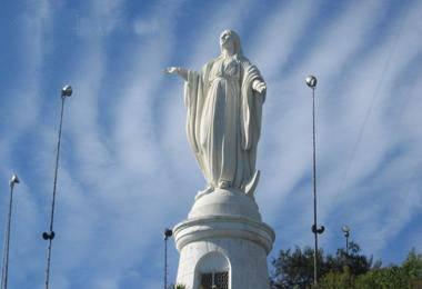 南美四国游_智利圣地亚哥SAN CRISTOBAL山丘-玛利亚像