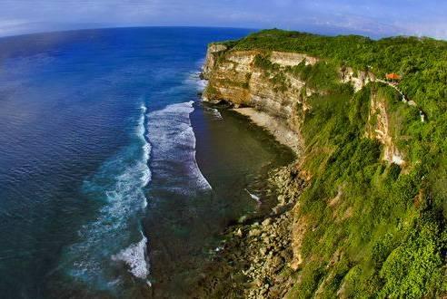 巴厘岛5日游景点-乌鲁瓦度情人崖