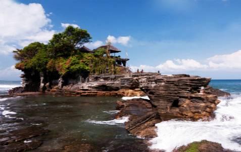 巴厘岛五日游景点_印尼巴厘岛海神庙