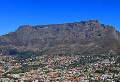 南非、肯尼亚十二天游_南非开普敦桌山