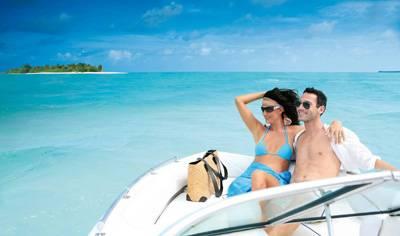 马尔代夫丽世岛的情侣