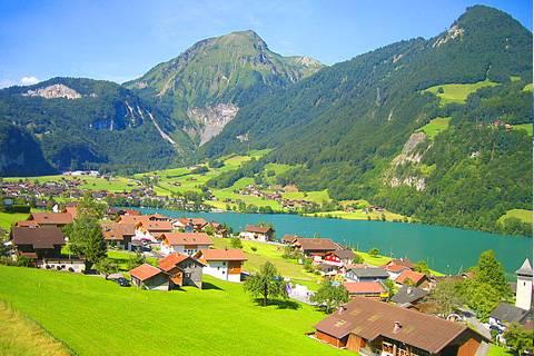 欧洲十国12天游:瑞士因特拉肯