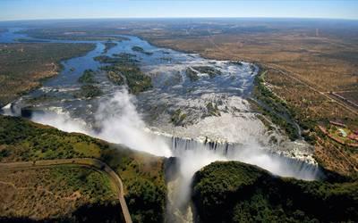 非洲四国14天游_津巴布韦维多利亚大瀑布