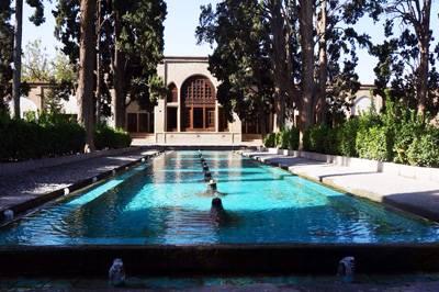 伊朗8天游景点_伊朗德黑兰-费恩花园