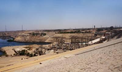 埃及10天游景点_阿斯旺大坝
