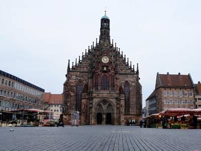 东欧六国游景点-德国纽伦堡圣母教堂