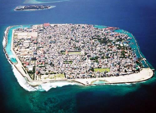 马尔代夫满月岛风光
