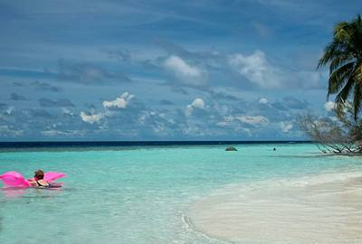 马尔代夫瓦度岛享受浪漫时光