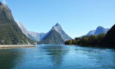 新西兰8天游_新西兰米佛峡湾