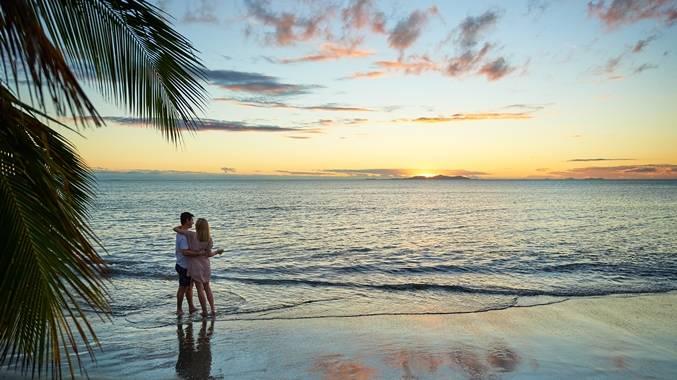 斐济First landing度假村-沙滩