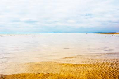 土耳其阿联酋15天游:土耳其图兹盐湖