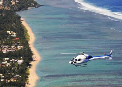 留尼汪岛8天自由行:留尼汪直升机环岛游