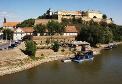 土耳其、塞尔维亚12天游:塞尔维亚-诺维萨德-彼得罗瓦拉丁要塞