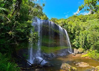 帕劳 安得貌大瀑布