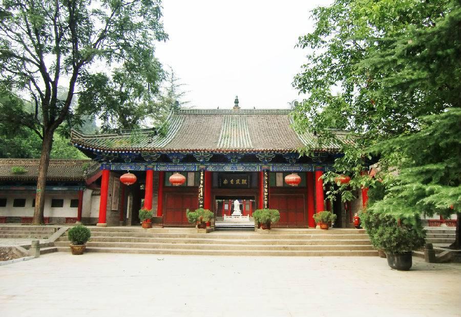 宝鸡周公庙,陕西宝鸡周公庙:         陕西宝鸡周公庙位于陕西省岐山