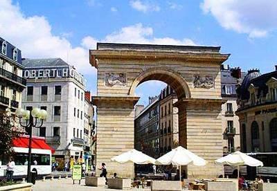欧洲4国游:法国第戎格奥凯旋门