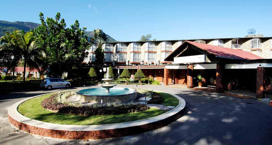 塞舌爾博嘉亞-布法隆海灣度假村(Berjaya Beau Vallon Bay Resort & Casino)8天5晚自由行【香港往返】