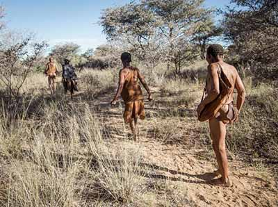 纳米比亚11天旅游_纳米比亚温德和克-布须曼人狩猎
