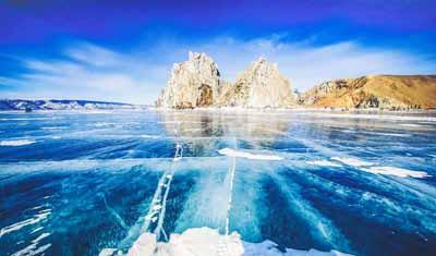 俄罗斯8日游:俄罗斯贝加尔湖-萨满岩