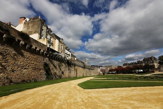 布列塔尼,被法国人称为遗世孤立的角落,不一样的法国