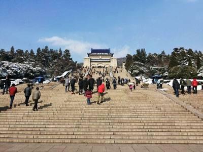华东五市六天游景点_江苏南京中山陵