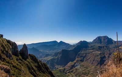 留尼旺-马伊多峰