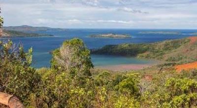 新喀里多尼亚+斐济11天游:亚泰湖区