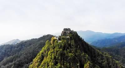 云南6天游:云峰山