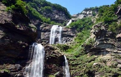 江西4天游:江西庐山三叠泉瀑布