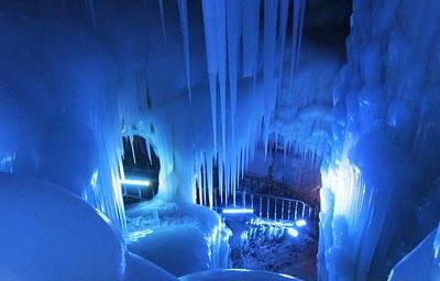 山西六天游:万年冰洞