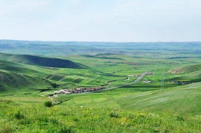内蒙古五天游景点_内蒙古辉腾锡勒草原