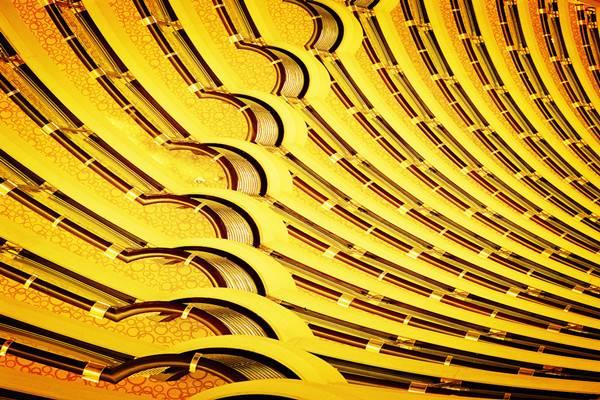 上海金茂大厦88层观光厅酒店中庭