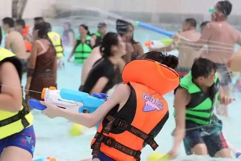 (特惠票)安吉欢乐风暴限量抢购99元起,使用有效期6月21日-6月23日,十大嬉水主题,涵盖各大洲特色元素,全家玩水总动员