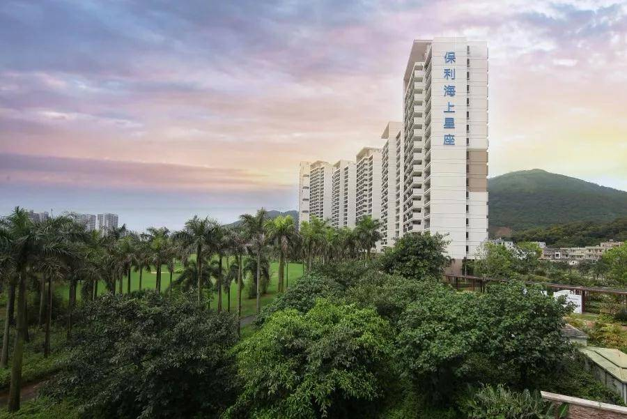 阳江保利银滩海景度假酒店 位于 保利海陵岛度假村内f区,楼群共12栋