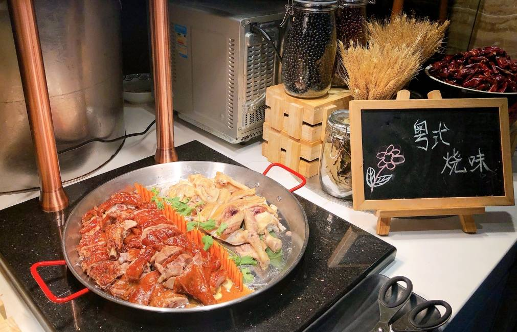【珠江新城高端自助餐】109元享威珀斯酒店原价238元一大一小自助午餐,海鲜、寿司、刺身、烤肉等200+美食一网打尽,尽享奢华饕餮盛宴!