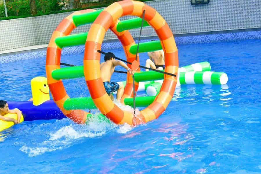 【广州·三英】周末不加价!水上乐园+温泉!仅¥138!三英2大1小套票~公共温泉、网红摇摆桥、冲浪池、泳池、鱼疗...售完即止