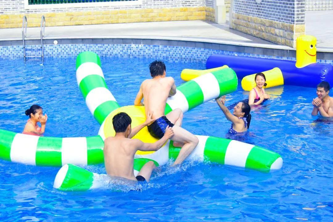 【广州·三英】仅¥118!三英温泉+玩水+美食单人套票!送午餐/晚餐1份~含公共温泉、水上乐园、超大泳池等~暑假7月特惠