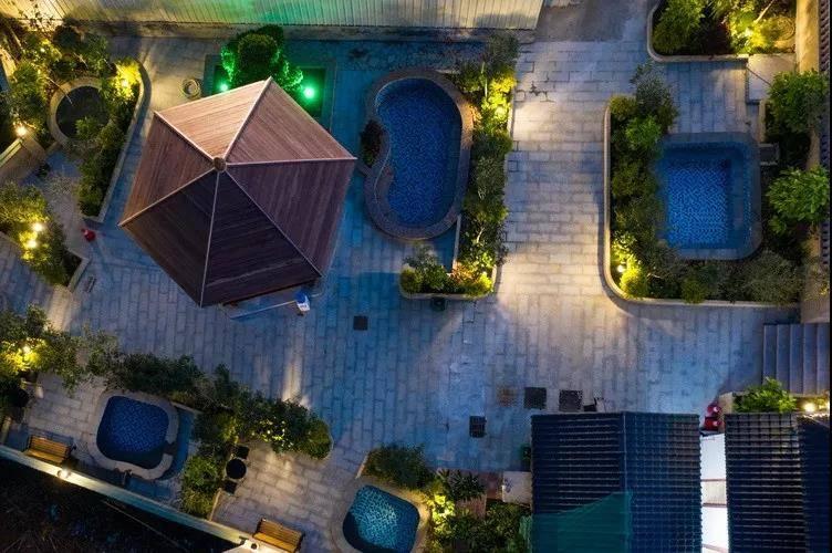 【惠州】超抵!南昆山·泡泉自由行~距广州1.5小时~¥399=富莲山温泉酒店2大1小!N个独立泡池+大型游泳池~雨天也可泡温泉