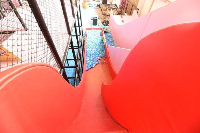 【杭州TNT小玩子蹦床主题公园】29.9元抢1小时活动票!享9000m²超大室内蹦床乐园,花式蹦床、魔鬼滑梯、刺激蜘蛛网、耐力攀岩、花式灌篮、等超多项目等你来体验!
