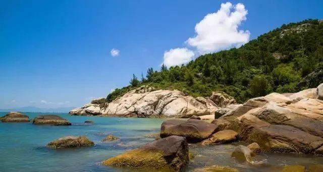 【闪耀之作】入住巽寮湾阳光假日度假公寓,+环岛游、浮潜、海钓,仅需¥499/套2人,沐浴阳光、逛海滩、包你High翻这个夏季