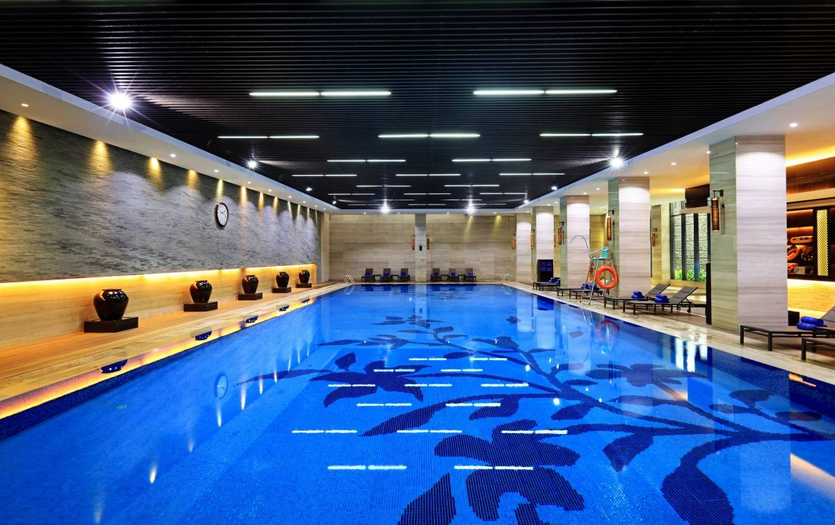 室内泳池.jpg